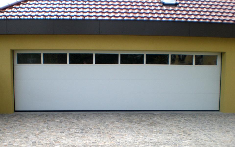 fotos privat deckensektionaltore lipotherm 40 lindpointner torsysteme. Black Bedroom Furniture Sets. Home Design Ideas