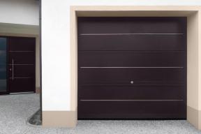 Garagentore Deckensektionaltore Aluminium LS4000 Motiv Basic mit Edelstahlstreifen