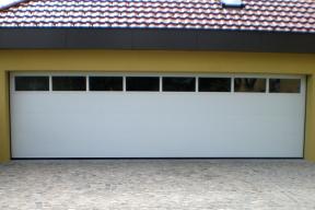 Garagentore Sektionaltore Lipotherm weiss Fenster