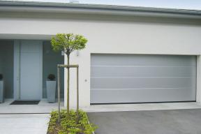 garagentore-deckensektionaltore-lipotherm-modern-grau.jpg