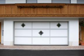 garagentore-deckensektionaltore-ls4000-klassisch-weiss