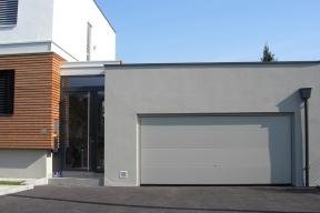 Garagentore Deckensektionaltore Paneel Lipotherm modern glatt grau