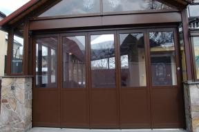 Garagentore Seitensektionaltore Aluminium LSS4000 klassisch braun Glas