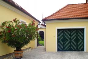 Garagentore Seitensektionaltore Aluminium LSS4000 klassisch grün
