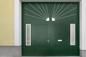 Garagentore Zweifluegeltore Aluminium klassisch grün Sonne