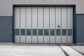 Industrietore SchiebefalttoreStahl ST602SF Unternehmen