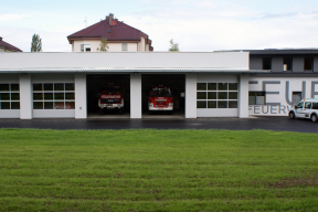 Industrietore Sektionaltore Aluminium DSTR40 Feuerwehrtore Fenster