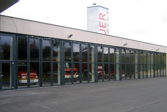 Industrietore Falttore Aluminium AL602F Feuerwehrtore
